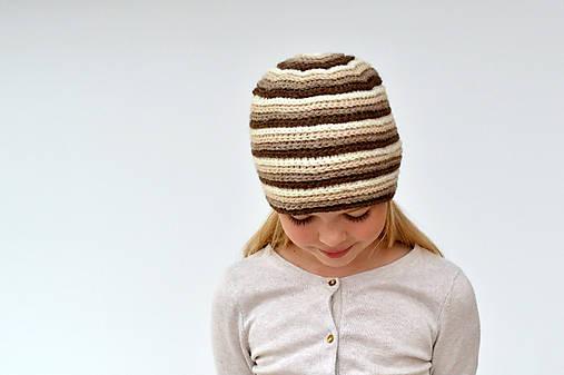 Špirálová pružná háčkovaná čiapka