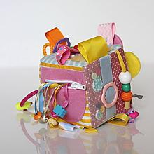 Hračky - Montessori kocka pre dievča- motýľ, dom, loď, slnko - 9853368_