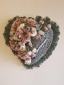 Dekorácie - spomienkové srdce na hrob v púdrových farbách 40 cm - 9855450  21009ff7889