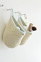 Pletený košík s uškom - prírodná/mint