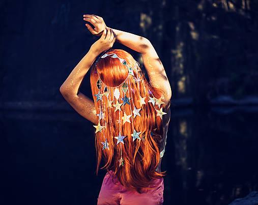 Zrkadlová retiazková čelenka s hviezdičkami z kolekcie Mermaid dream