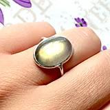 Prstene - Elegant Golden Labradorite Ring / Prsteň so zlatožltým labradoritom /0065 - 9859363_