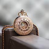 Iné - Mechanické vreckové hodinky s kroužkovanou reťazou (18) - 9857774_