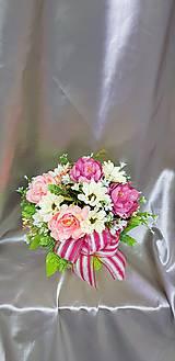 Béžovo - ružový aranžmán v keramickom kvetináči