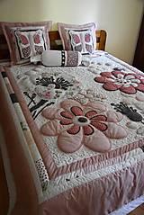 Úžitkový textil - Krajina divých kvetov - motýľ -rúžovo -šedé prevedenie - 9862859_