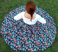 Sukne - Sukňa Krojové kvety na čiernej kruhová - 9867769_