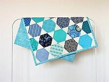Úžitkový textil - Detská moderná deka vzor hexagon - 9865682_