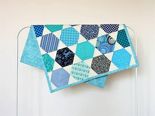 Detská moderná deka vzor hexagon