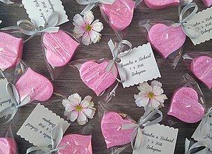 Darčeky pre svadobčanov - Svadobná sviečka ..:ružové srdiečko:.. - 9867138_