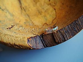 Prstene - Prstienok s mentolovými a zlatými glitrami - 9866192_