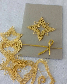 Papiernictvo - vianočná paličkovaná pohľadnica - 9866540_