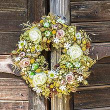 Dekorácie - Prírodný venček na dvere - 9870473_