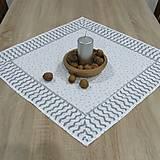 Úžitkový textil - Strieborný chevron a hviezdičky na bielej - štvorcový obrus 58x58 - 9870813_