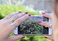 Prstene - strieborný prsteň CUTE WILDNESS - vtáčik na konári - 9869343_
