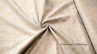 Textil - Látka pretkávaná lurexovou niťou - Vianočný patchwork srdiečka strieborné - cena za 10 cm - 9872535_