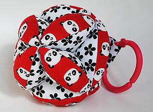 Hračky - Úchopová Montessori loptička Pandy - 9871663_