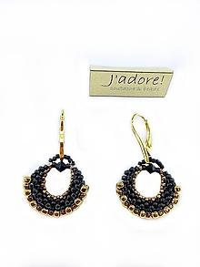 f1f830749 Kruhový prívesok vo čierno - zlatej farbe / Jadore - SAShE.sk ...