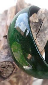 Náramky - Temný tmavozelený náramok - 9871741_
