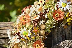 Dekorácie - Prírodný venček na dvere - 9874513_