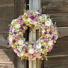 Dekorácie - Prírodný venček na dvere - 9874337_