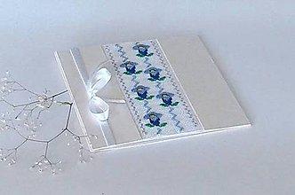 Papiernictvo - Modrý encián - vyšívaná folk pohľadnica - 9876277_