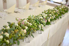 Dekorácie - S kráľovskou eleganciou...svadobná výzdoba - 9880105_