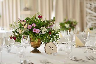 Dekorácie - S kráľovskou eleganciou...svadobná výzdoba - 9880059_