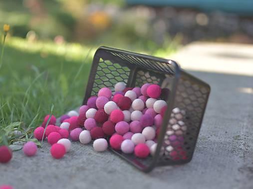 Plstené guličky odtiene ružovej 10 ks