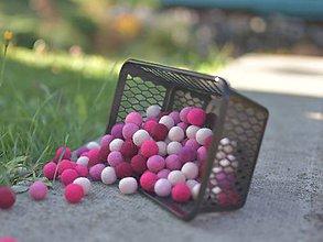Materiál ručne robený - Plstené guličky ružový mix 10 ks - 9877933_