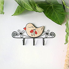 Nábytok - vešiak s vtáčikom (vlčí mak) - 9881403_