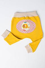 Detské oblečenie - Veselé detské tepláčiky - 9883196_