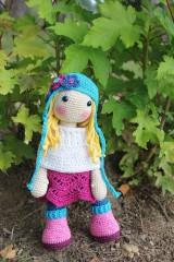 Hračky - Háčkovaná bábika Sue - 9883596_