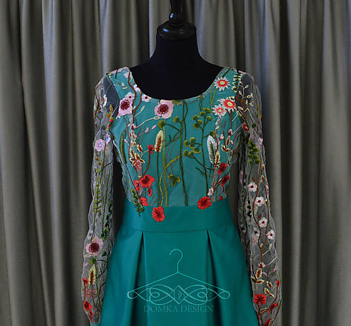 ffbc7a185932 Dámske kvietkované šaty s dlhým rukávom   domkadesign - SAShE.sk ...