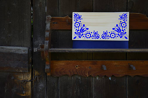 DREVENÁ KABELKA VAJNORY (Modrá/smrek)