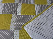 Úžitkový textil - Zeleno-sivý prehoz - 9884649_