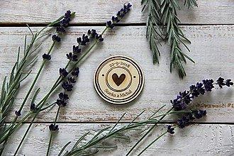 Darčeky pre svadobčanov - Drevená svadobná magnetka - 9884810_