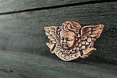Dekorácie - Reliéfní anděl patina železo vitajte - 9886766_