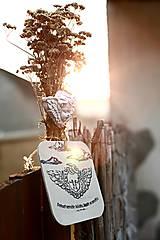 Dekorácie - Reliéfní anděl zelený welcome - 9886803_