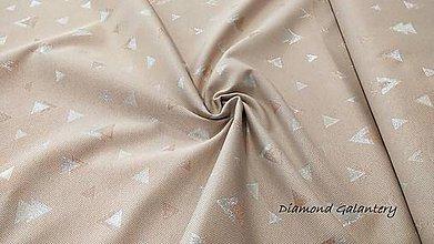 Textil - Látka pretkávaná lurexovou niťou - trojuholníčky strieborno medené - cena za 10 cm - 9890023_