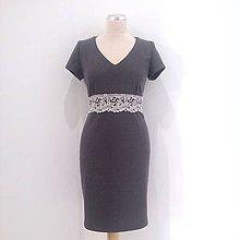 Šaty - Šaty s čipkou ŠEDÉ - 9889879_