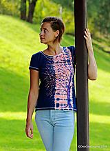 Topy, tričká, tielka - Dámske tričko batikované, maľované  POD LAMPOU - 9889270_