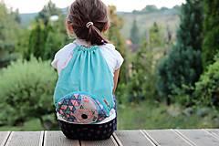 Detské doplnky - Detský batôžtek s vreckom - 9889874_