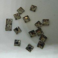 Iný materiál - Našívacie kamienky štvorcové svetlohnedé 6mm - 9891932_