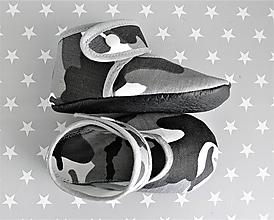 Topánočky - Detské papučky, capačky s koženou podrážkou (Maskáč) - 9893719_