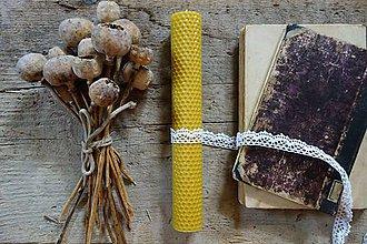 Svietidlá a sviečky - sviečka z včelieho vosku- veľká- s čipkou 1 - 9893111_