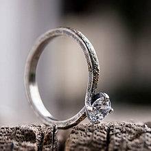 Prstene - Ako požiadať divožienku o ruku /číry kameň/ - 9896969_