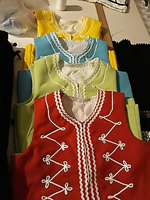 Iné oblečenie - Dievčenský lajblík - východné Slovesnsko - 9896293_
