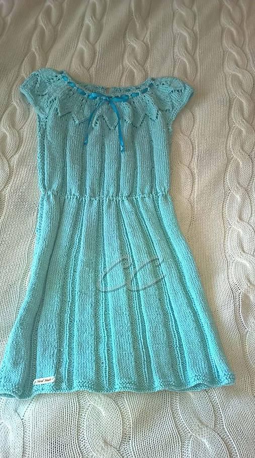 8b02b6404fc4 Pletené svetlomodré dievčenské šaty   HandmadeCC - SAShE.sk ...