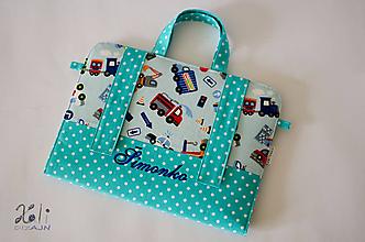 Detské tašky - Chlapčenský maxikufrík - organizér do auta s vyšitým menom Dopravné prostriedky - 9901658_