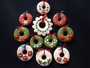 Dekorácie - medovníkové vianočné ozdoby - 9904627_